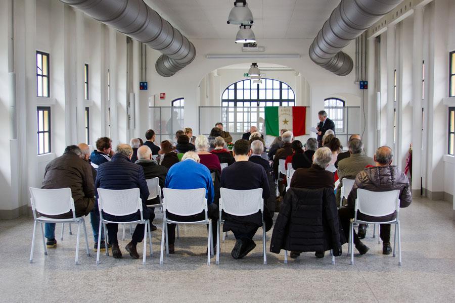 (Foto © OLIBA) - Congresso sezionale ANPI Luino e Cuveglio: rinnovato il direttivo con la conferma del presidente Remo Passera