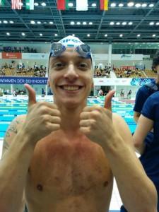 L'esultanza di oggi di Federico Morlacchi, dopo il record mondiale registrato nei 100 farfalla S9 (facebook.com)