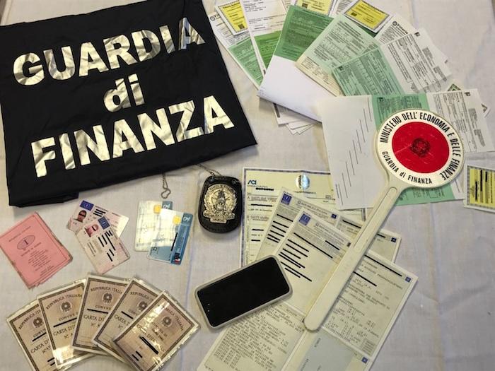 A Luino false identità, truffe e frodi assicurative: diciassette persone denunciate