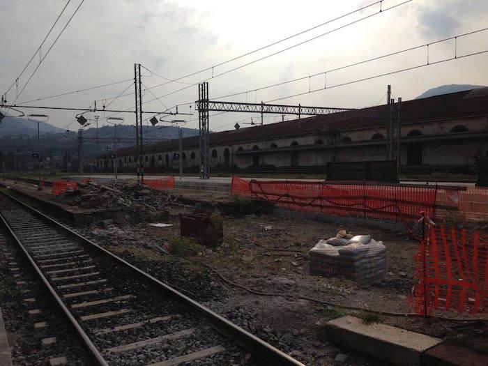 """""""Quando finiranno i lavori in Stazione a Luino? Sono fermi da tempo, possibile questo stato di abbandono?"""""""