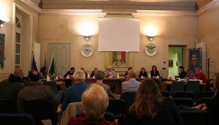 Laveno Mombello, bocciata la proposta di nominare un curatore speciale sul caso dell'ex ceramica