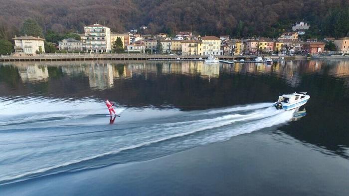 """A Porto Ceresio """"Babbo Natale sul Ceresio"""" : un perfetto connubio tra sport e tradizione"""