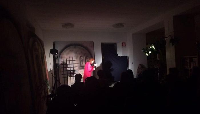 Lavena Ponte Tresa, l'arte della narrazione nel Corso di lettura ad alta voce di Betty Colombo