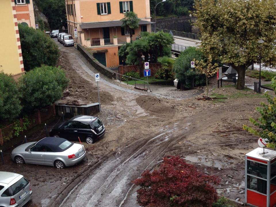 Piazza Roma, a Maccagno (Foto © facebook.com/mauriziomizzi.galeazzi)