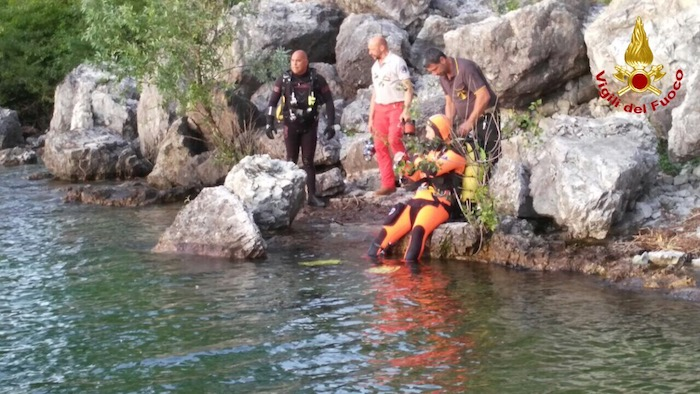 Castelveccana, 20enne muore annegato nelle acque di Sasso Galletto