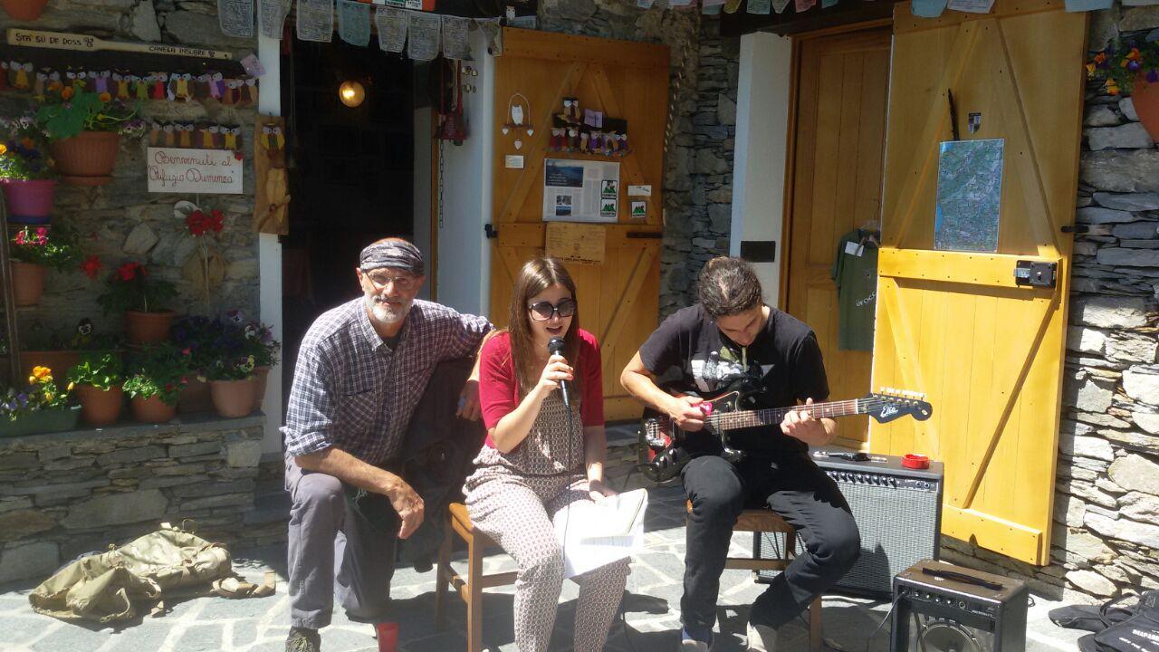 Dumenza, allegria e poesia domenica delizieranno l'Alpe Bovis per una giornata tutta da vivere