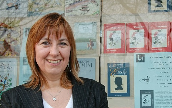 """Luino, sabato la presentazione del libro di Maria Giulia Baiocchi """"Come a teatro"""""""
