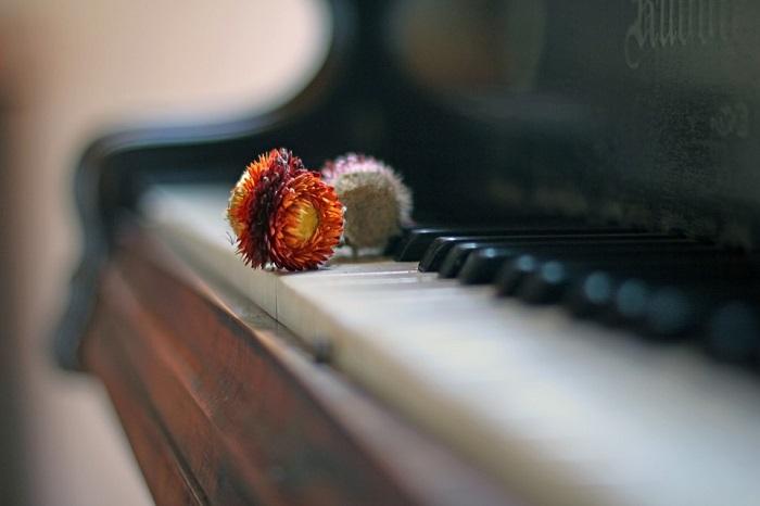 """Porto Ceresio, domenica all'Accademia musicale le note del concerto di pianoforte """"Risonanze 4"""""""