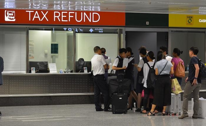 A Malpensa maxi-frode di 720mila euro sull'acquisto di beni di lusso, denunciati 146 cinesi