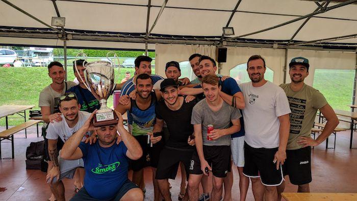 Calcio, musica, divertimento ed allegria: gran successo per la 24h no stop di Dumenza - Miglior portiere Smoke Bar
