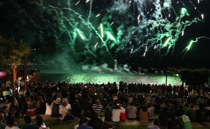 In settemila invadono Luino, un sabato da incorniciare tra processione e fuochi d'artificio (Foto © Davide Boldrini)