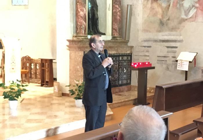 L'arcivescovo Delpini inizia il suo pellegrinaggio dal decanato di Luino