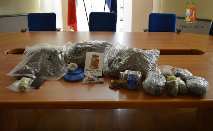 Detenzione e spaccio in provincia, arrestato 19enne e sequestrati 7kg di marijuana