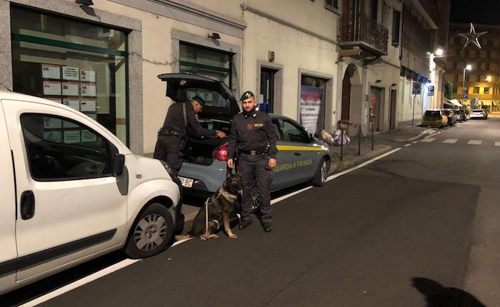 Guardia di Finanza di Varese, arrestato un 49enne per spaccio di cocaina