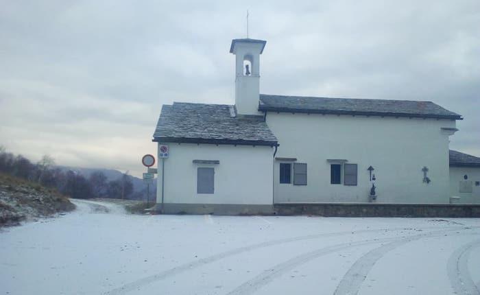 Alto Varesotto: la neve torna a imbiancare valli e montagne, ma non a bassa quota