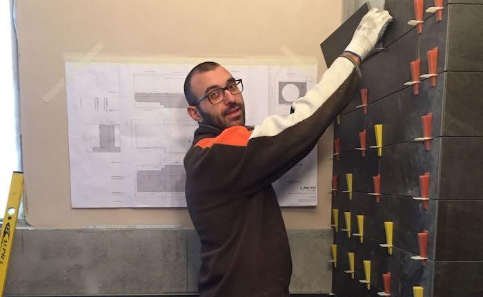Quattro generazioni di piastrellistri, la storia di Andrea Castorino e della