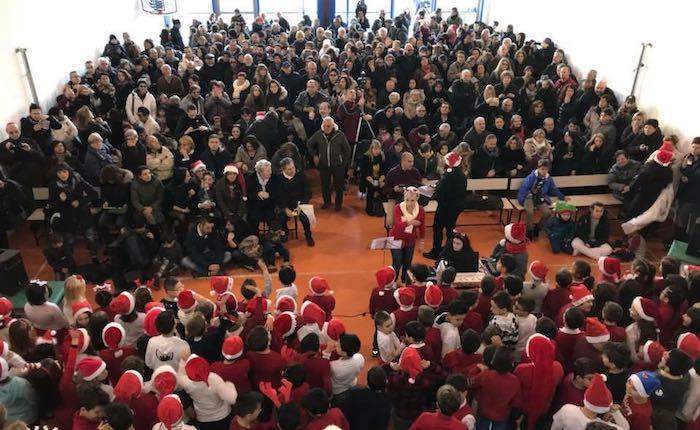 L'allegra festa di Natale dei bimbi delle Scuole Elementari di Creva