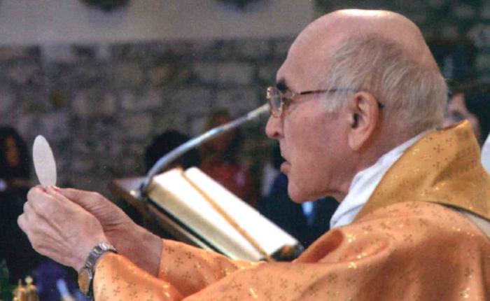 Brezzo di Bedero ricorda don Domenico Colombo