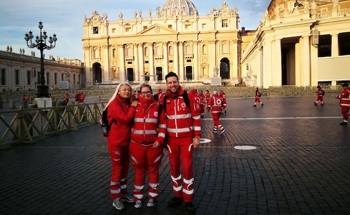 Roma, anche la Croce Rossa di Luino ricevuta da Papa Francesco.