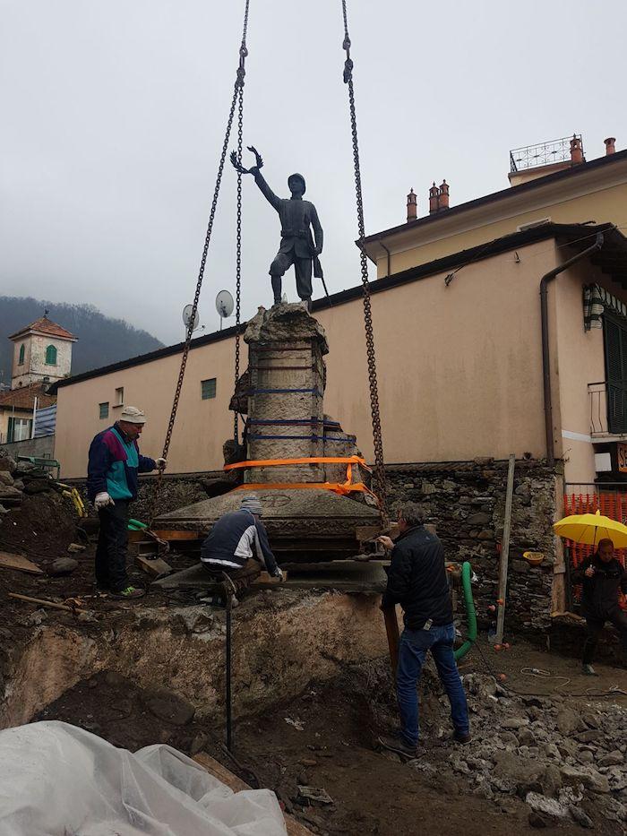 Maccagno, dopo quasi 100 anni il Monumento ai Caduti