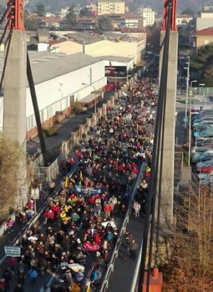 """I ragazzi dell'I.S.I.S. """"Città di Luino"""" in prima fila per l'APP di Equostop sulla mobilità sostenibile"""