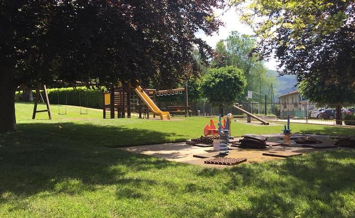 Quasi pronto il parco giochi di Cunardo, uno spazio verde tutto nuovo per i bambini