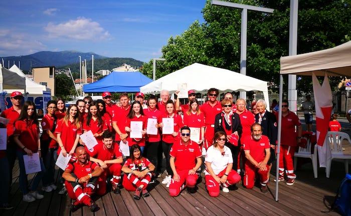 Croce Rossa di Luino, tanti giovani tra i quaranta nuovi volontari.