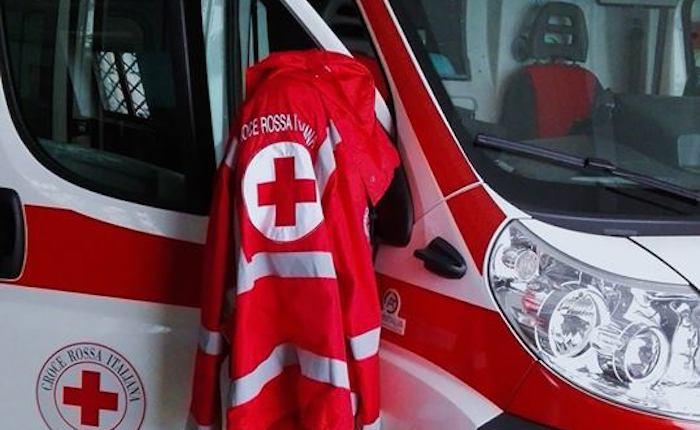 Incidente tra auto in Valganna, quattro persone coinvolte