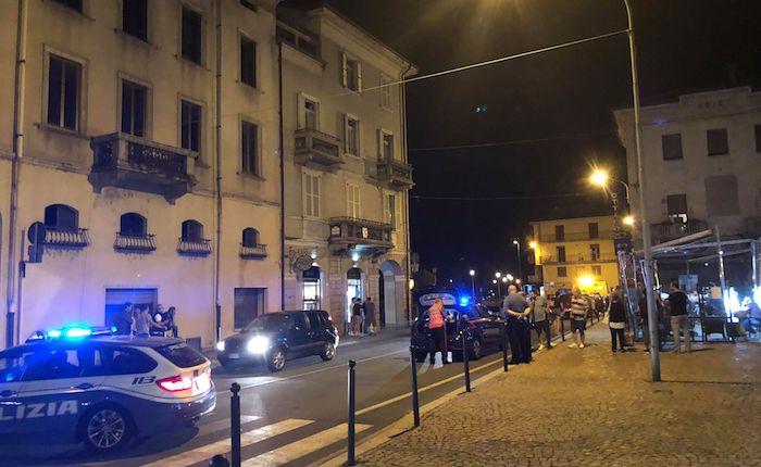 Incidente in centro a Luino, investito un 47enne. Nove le persone coinvolte