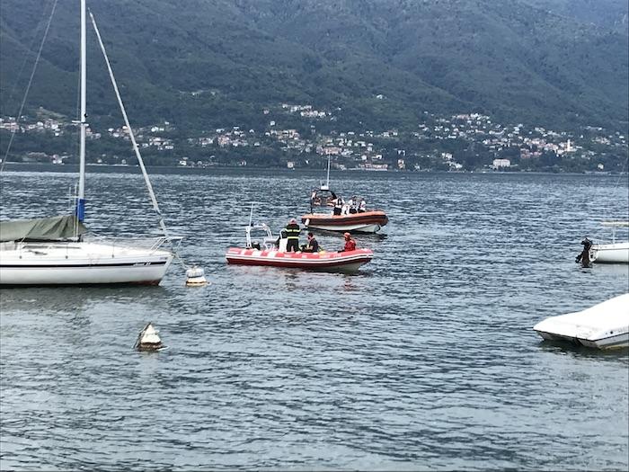 Porto Valtravaglia, è morto annegato il 75enne ribaltatosi in gommone oggi pomeriggio