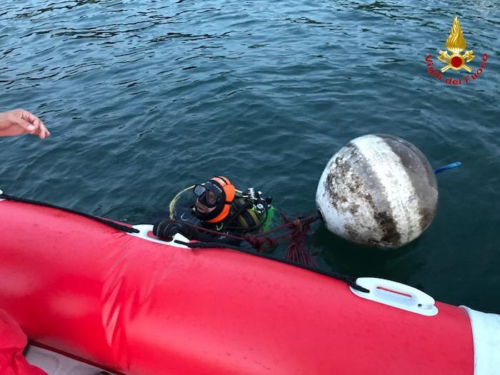 Porto Valtravaglia, ritrovato senza vita il corpo del 74enne nelle acque del lago
