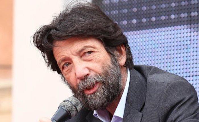 Massimo Cacciari durante il suo intervento al Festival Filosofia a Modena, 15 settembre 2013.