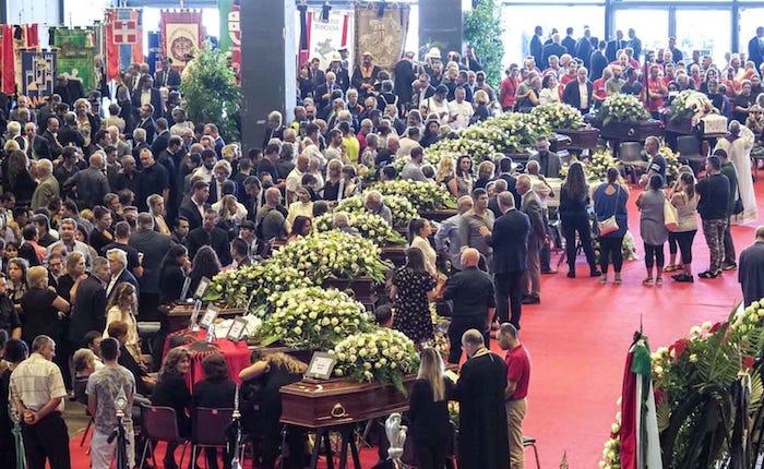 Oggi i funerali di stato, Genova piange le vittime. Salgono a 41 i morti.