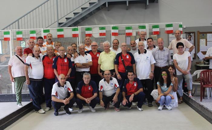 A Brezzo di Bedero l'innovativa gara a squadre, una formula che rivoluziona le bocce