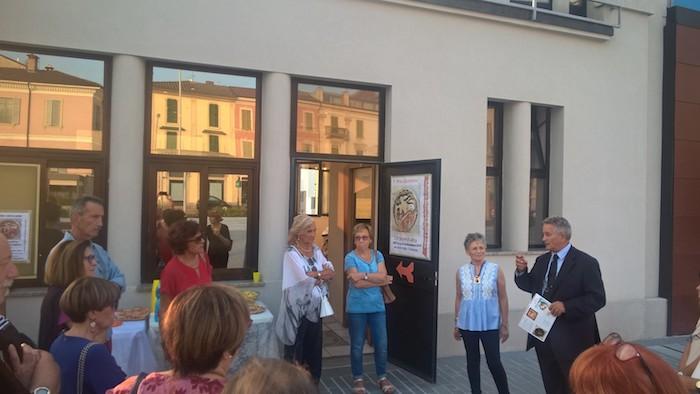 Luino, inaugurata la mostra Afra Cavicchini.