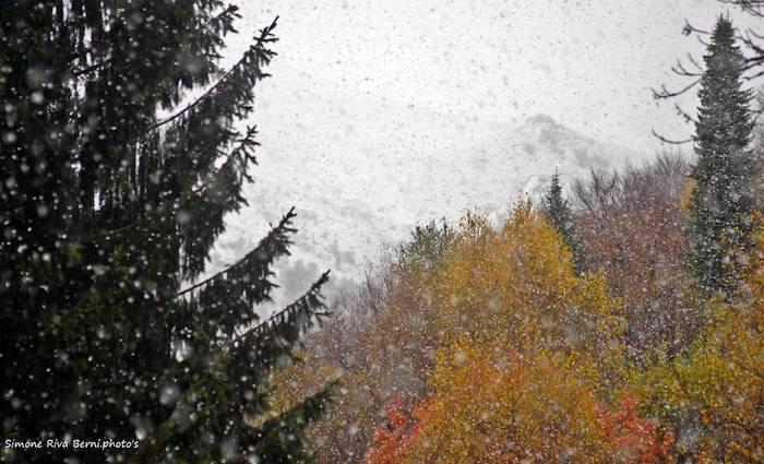 Arriva la neve in Forcora, caduti i primi fiocchi