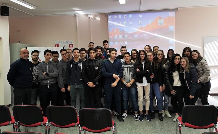 Luino, progetto alternanza scuola-lavoro: studenti protagonisti degli itinerari della memoria
