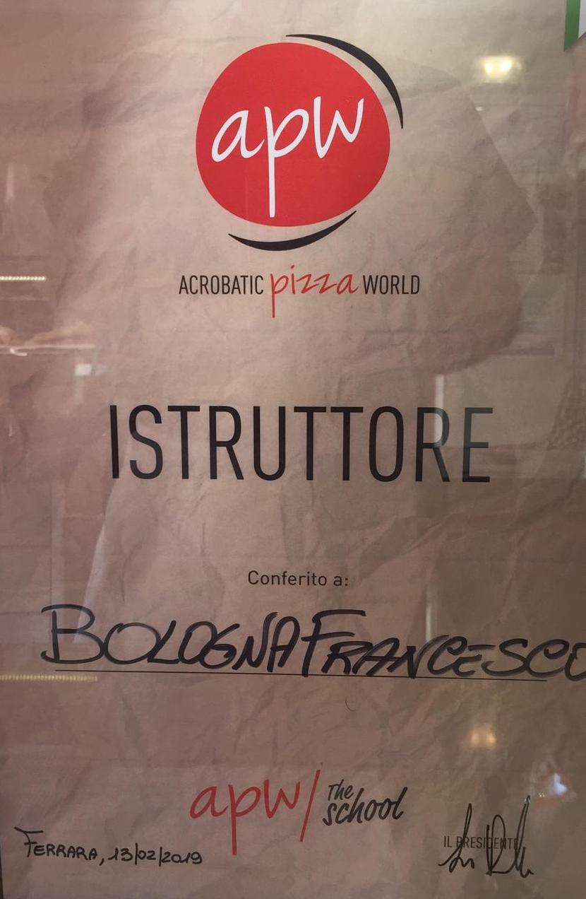 A Lavena Ponte Tresa nasce una scuola per diventare pizzaioli grazie a