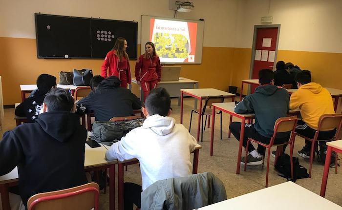 La Croce Rossa di Luino e Valli incontra i liceali,