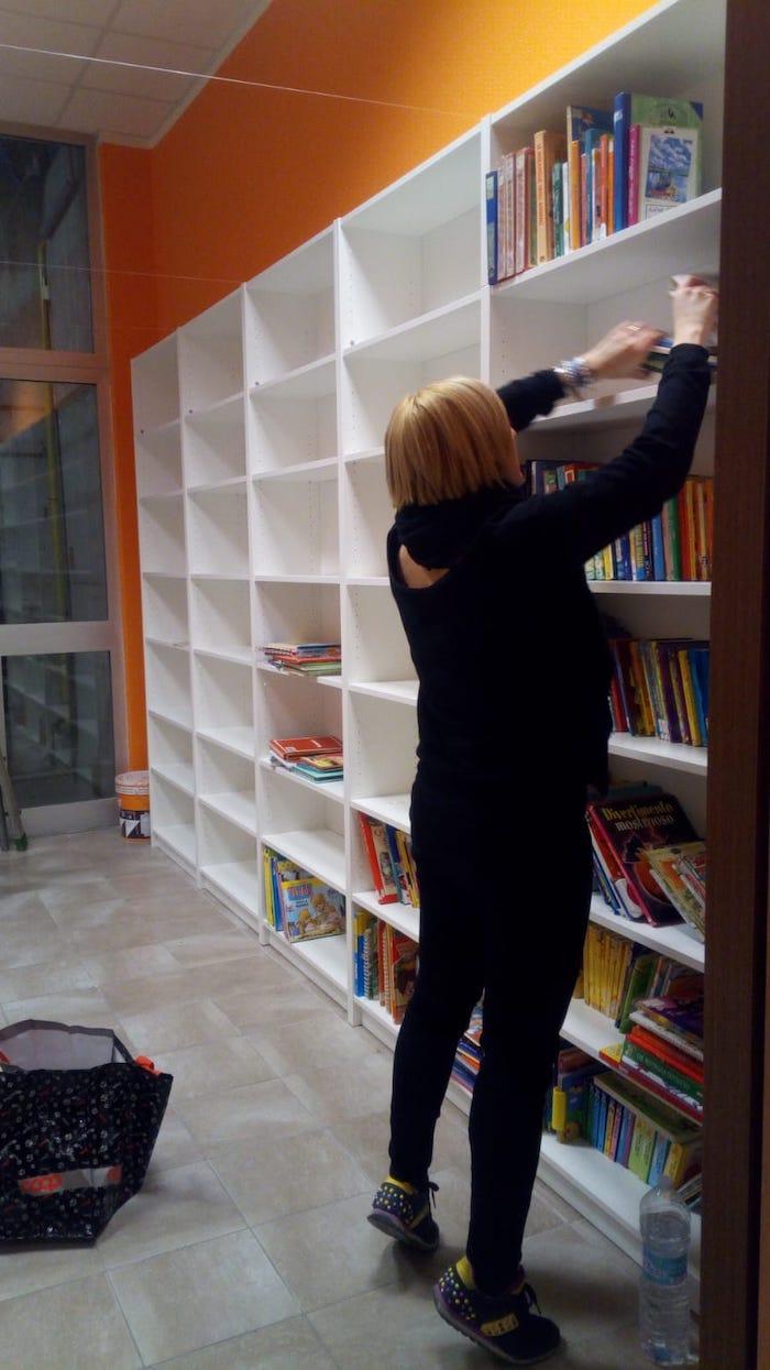 Cuvio, grazie a maestre e genitori nasce una biblioteca alla scuola primaria