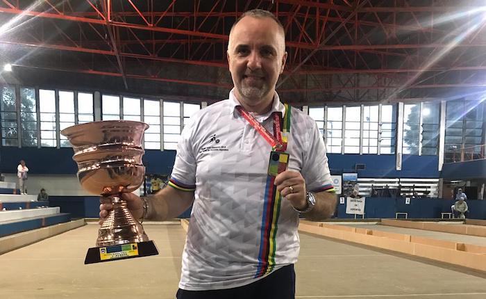 Bocce, Gianluca Formicone corona in Argentina il sogno