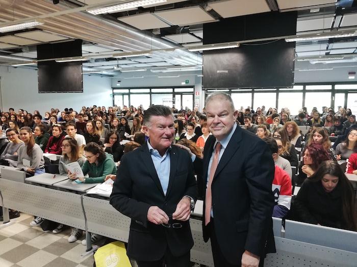 Varese, grande successo all'open day dell'Università dell'Insubria
