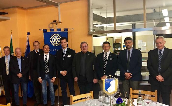 Il Rotary Club Laveno Luino Alto Verbano scopre i segreti della Sindone con il professor Fanti