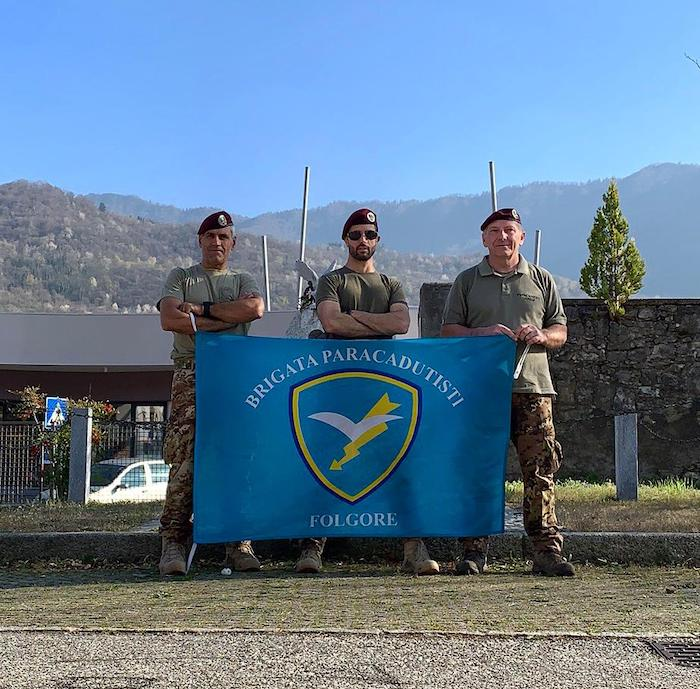 I paracadutisti della Folgore tra le montagne dell'Alto Varesotto, pronti per le marce internazionali