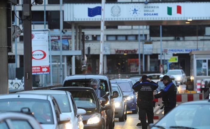 Svizzera: svizzeri alle urne, si vota su accordo Ue per libera circolazione