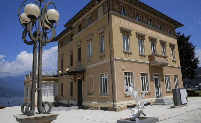 Luino, Palazzo Verbania riapre con la mostra _Spazio e Ferro_ (1)-min