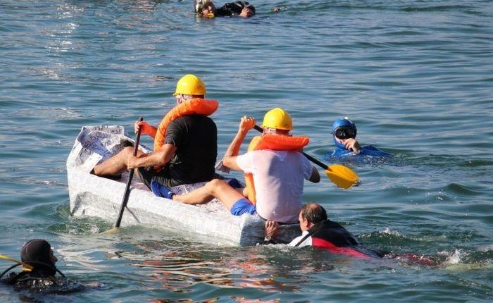 Carton Boat Race: una domenica tra sport, creatività, divertimento e inclusioneCarton Boat Race: una domenica tra sport, creatività, divertimento e inclusione