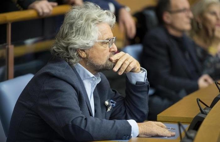 """Grillo: """"Giustissimo che la Chiesa paghi l'Imu"""". L'assessore Meloni """"Papa Francesco disponible"""""""