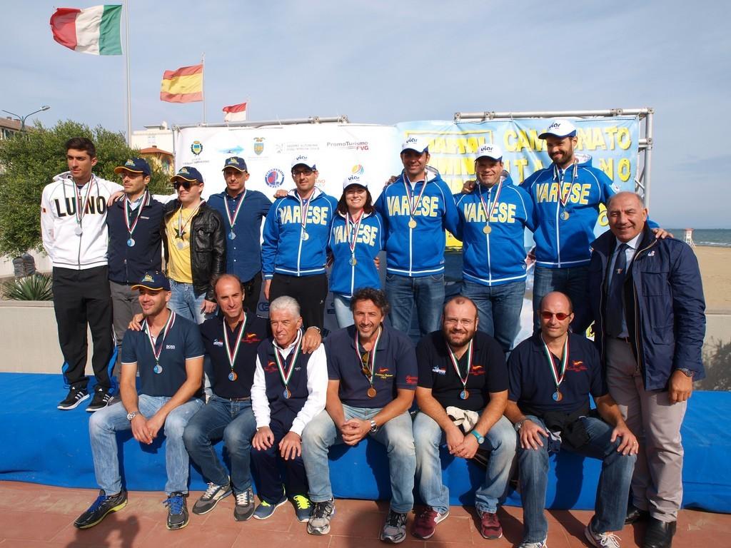 (Canottieri Luino protagonista ai Tricolori di Lignano Sabbiadoro 4x-master-guffanti-liprino-montalbetti-girolin-lissoni)