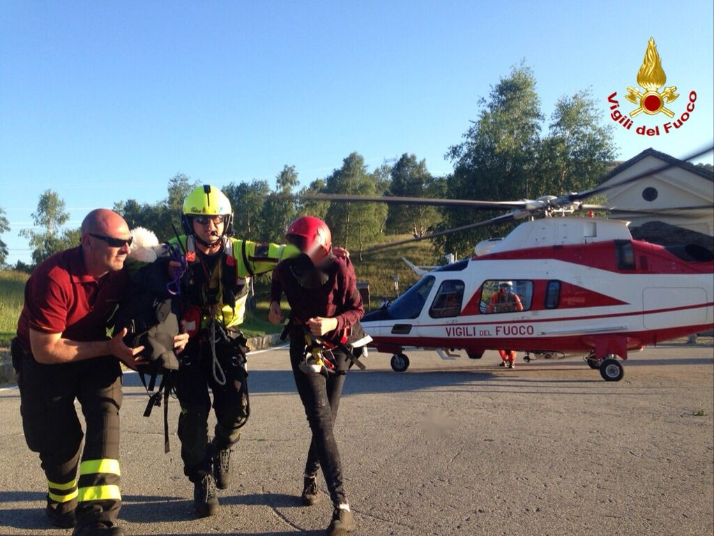 Elicottero Vigili Fuoco : Lo stivale pensante forcora escursionisti si perdono